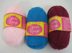 New-Lot-3-Caron-Sports-Weight-Yarn-100-Acrylic-Rose-Blue-amp-Pink-2-oz-Skeins