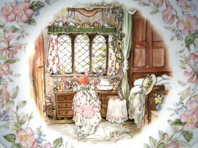 """ROYAL DOULTON BRAMBLY HEDGE 8.1/4"""" PLATE THE DAIRY"""