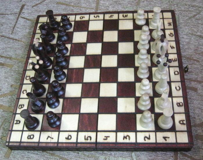 vendendo bene in tutto il mondo Wooden chess set tavola gioco re Dimensione 65 mm nuovo nuovo nuovo Hefatto FROM WOOD  negozio di sconto