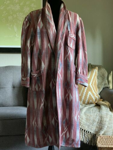 Vintage 40's Beacon Blanket Pattern Robe Rustic Lo