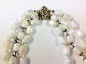Vintage-Triple-String-White-Iridescent-Pink-Green-Bead-Necklace-Filigree-Clasp