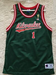 low priced 189d8 370bf Details about OSCAR ROBERTSON Authentic Autographed MILWAUKEE BUCKS Vintage  THROWBACK JERSEY