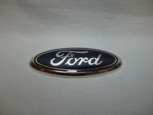 Original-Ford-Emblem-Pflaume-1532603-fuer-Focus-II-Heckklappe-2008-2010