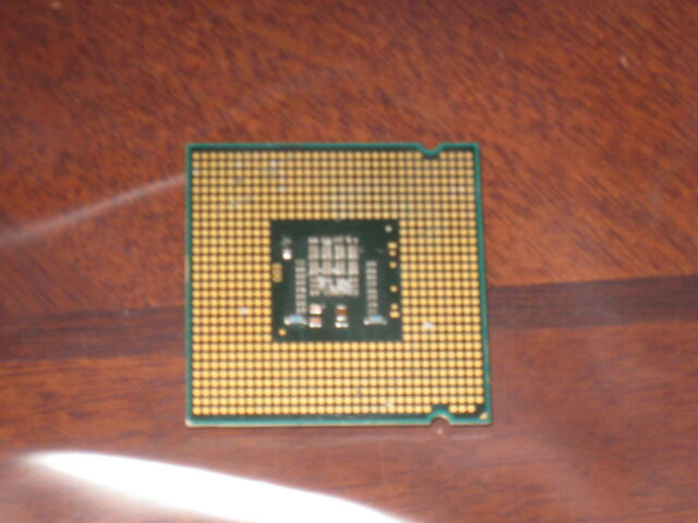 Intel Xeon E5335  STEP: QVQU HH80563QJ0418M INTEL ENGINEERING SAMPLE CPU