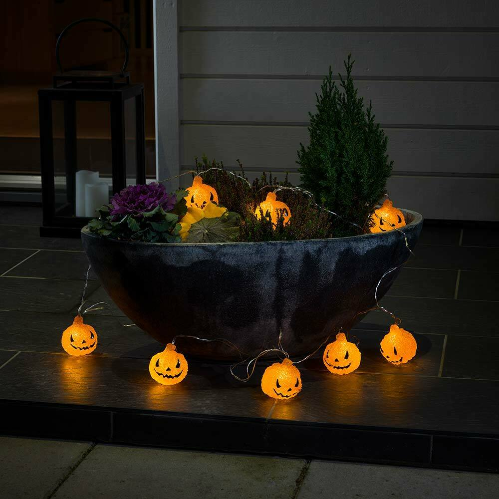 Konstsmide Halloween Decor LED Light Set With 8 Acrylic Pumpkins for Outdoor