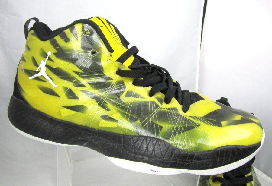 buy popular e0047 ce80b Retro JORDANS Nike Zoom Flywire Hi Tops Basketball Shoes Yellow Yellow  Yellow Black Patent 13.