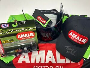Terry-McMillen-Racing-Fan-Pack-for-Homeward-Bound-Animal-Welfare-Group