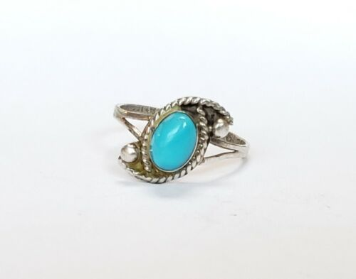 Size 6.5 Vintage Sterling Silver and Genuine Turquoise Ring