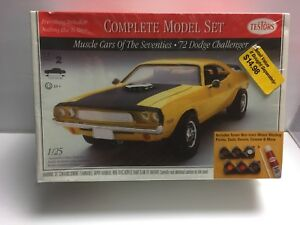 1997-TESTORS-1972-DODGE-CHALLENGER-1-25-MODEL-HOBBY-COMPLETE-KIT-Sealed