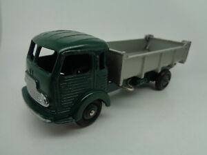 French-Dinky-33B-Simca-Cargo-Tipper-Truck-near-mint-original-vintage-diecast