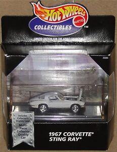 1967 CORVETTE 427 STINGRAY, White w Black 'Stinger', Hot Wheels 1:64, NEW in Box