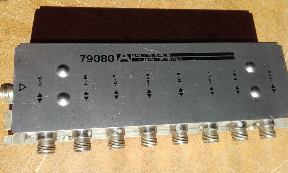 Signalfordeler / splitter, forskellige, 1X2 // 1X3 // 1X4