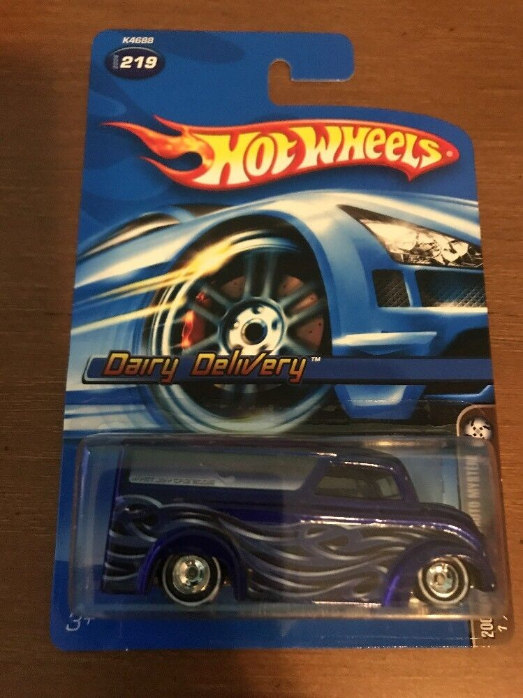 Mattel Hot Wheels Mystery Car 2006 Dairy Delivery bluee  5 with Voucher