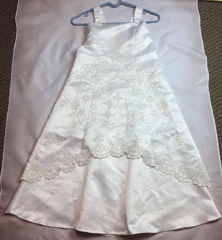 Beaded Flower Girl Bridesmaid or Communion Formal Dress Size 10 by Kid Love