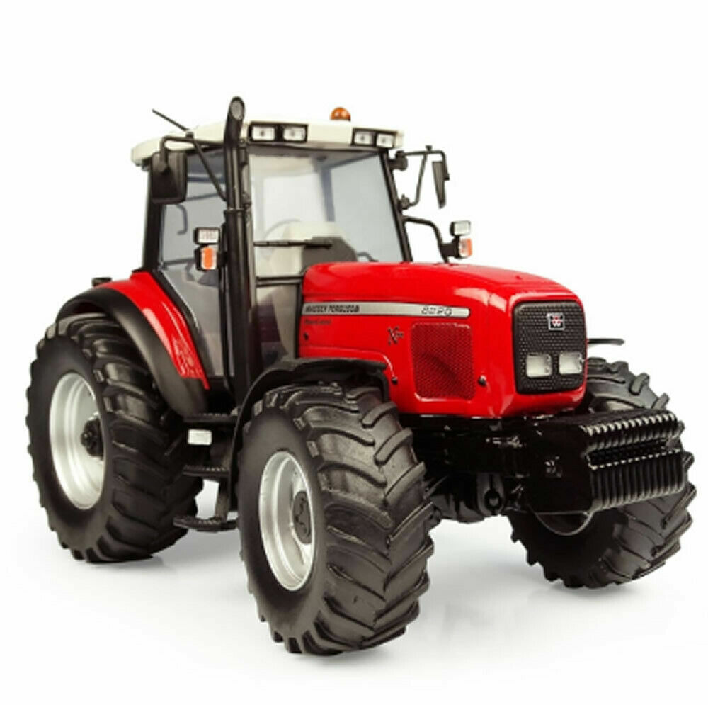 5331 Universal Hobbies Massey Ferguson 8220 Xtra 1 32 Scale BOXED