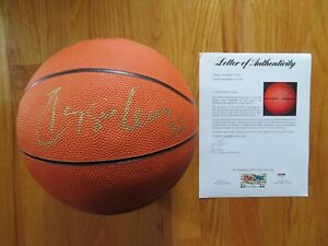 11907c382 RARE Retired Number REGGIE LEWIS No 35 BOSTON CELTICS signed Nike ...