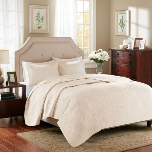 BEAUTIFUL CLASSIC MODERN CHIC TEXTURED IVORY WHITE SOFT QUILT SET QUEEN OR KING