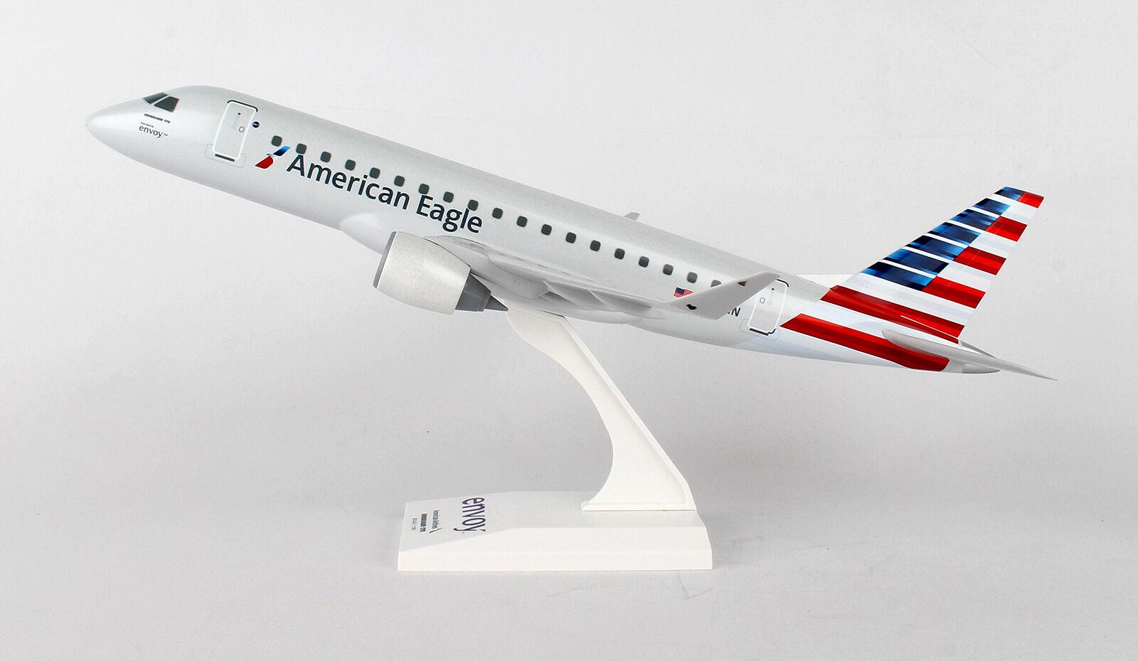 Skymarks Model SKR902 Embraer ERJ-175 American Eagle  N220NN in 1:100