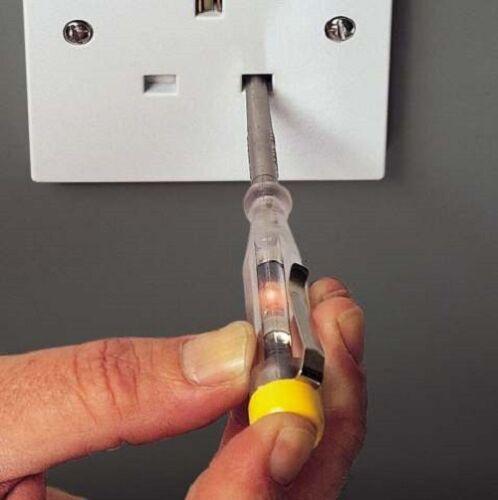 Stanley 220v-250v VDE Voltage Circuit Testeur Screwdriver 3 x 65 mm Slotted 66121