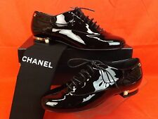 15A NIB CHANEL BLACK PATENT LEATHER CC PEARL HEEL LOGO OXFORDS 38.5 $1125