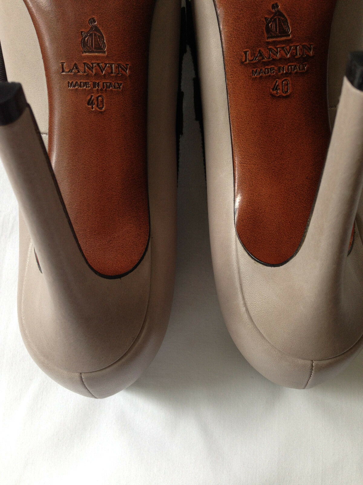 LANVIN LEATHER SHOE WITH RIBBON TRIM SIZE 40 40 40 MADE IN ITALY   Retail  690 9e1722