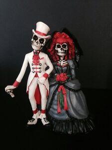 Love Statue Wedding Cake Topper