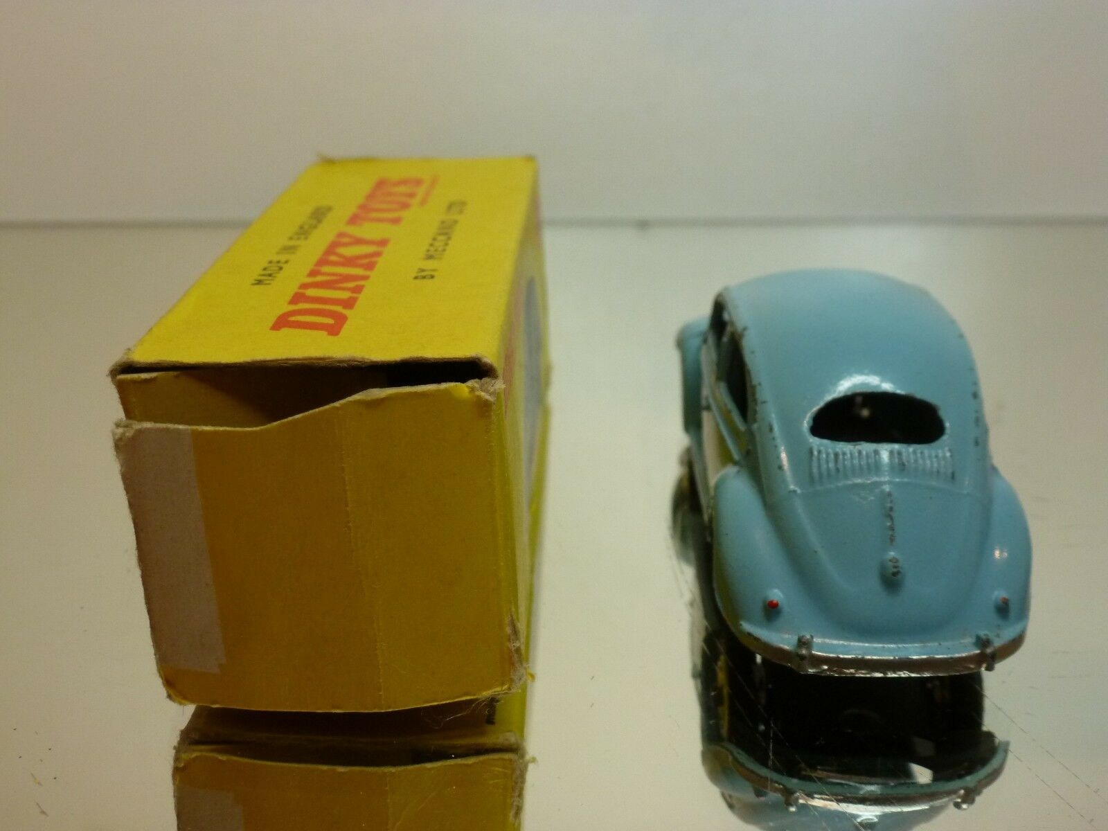 DINKY TOYS 181 181 181 VW VOLKSWAGEN BEETLE - azul 1 43 - GOOD CONDITION IN FAIR BOX f3a369