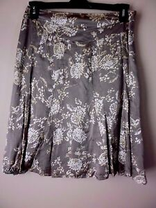 a066bbb103 Image is loading BANANA-REPUBLIC-Floral-Print-100-Silk-Skirt-Beiges-