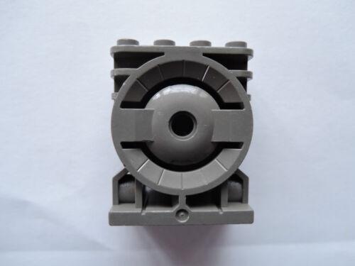Lego 1 x ENGINE BLOCK 30535 Old Dark Grey 2x4x4 7313 7315