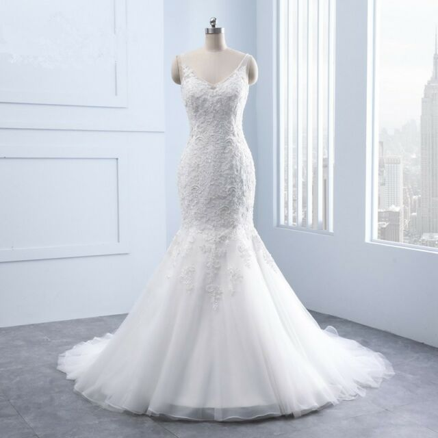 Mermaid Wedding Dress Tulle Lace Applique Beads V Neck Beach Bridal