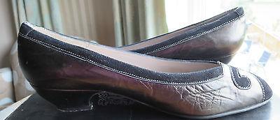 Zapatos De Cuero Sonia Talla 6.5 Tacón Bajo De Gamuza Negra Carbón & Hecho en España