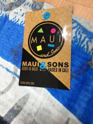"""Maui and Sons Surf Surf Company 60/"""" × 30/"""" Sharks Beach Towel"""