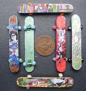 1-12-Scale-Dolls-House-Wooden-Skate-Board-Garden-Or-Nursery-Toy-Accessory