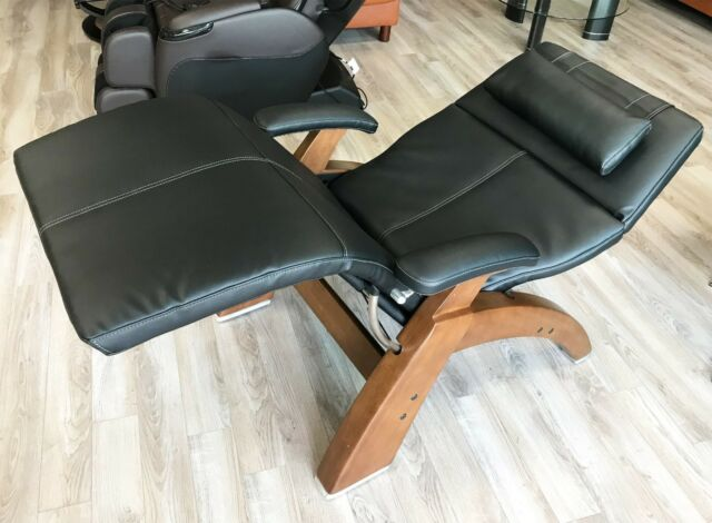 Human Touch Black Leather PC 420 Classic Plus Zero Gravity Walnut Perfect Chair