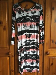 Ladies Dress Size M/L