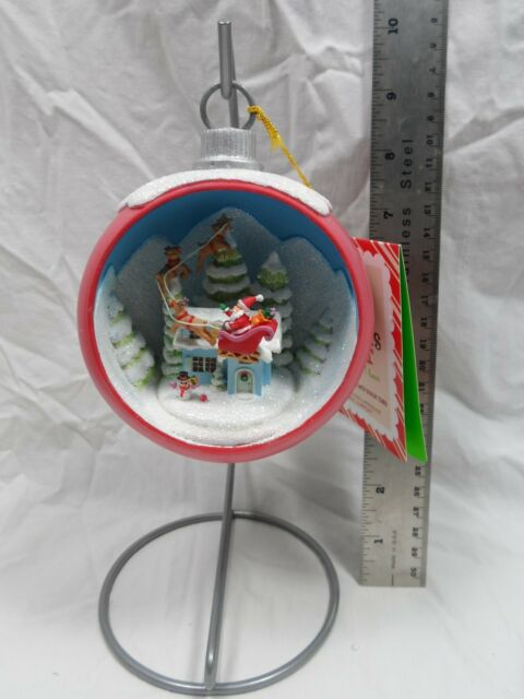 2013 Hallmark Santa's Visit Ornament with Stand
