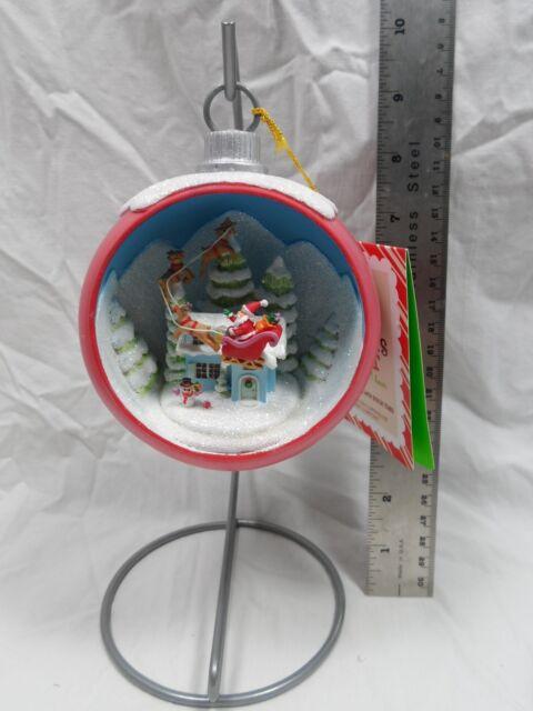 2013 Hallmark Santa's Visit Ornament with Stand