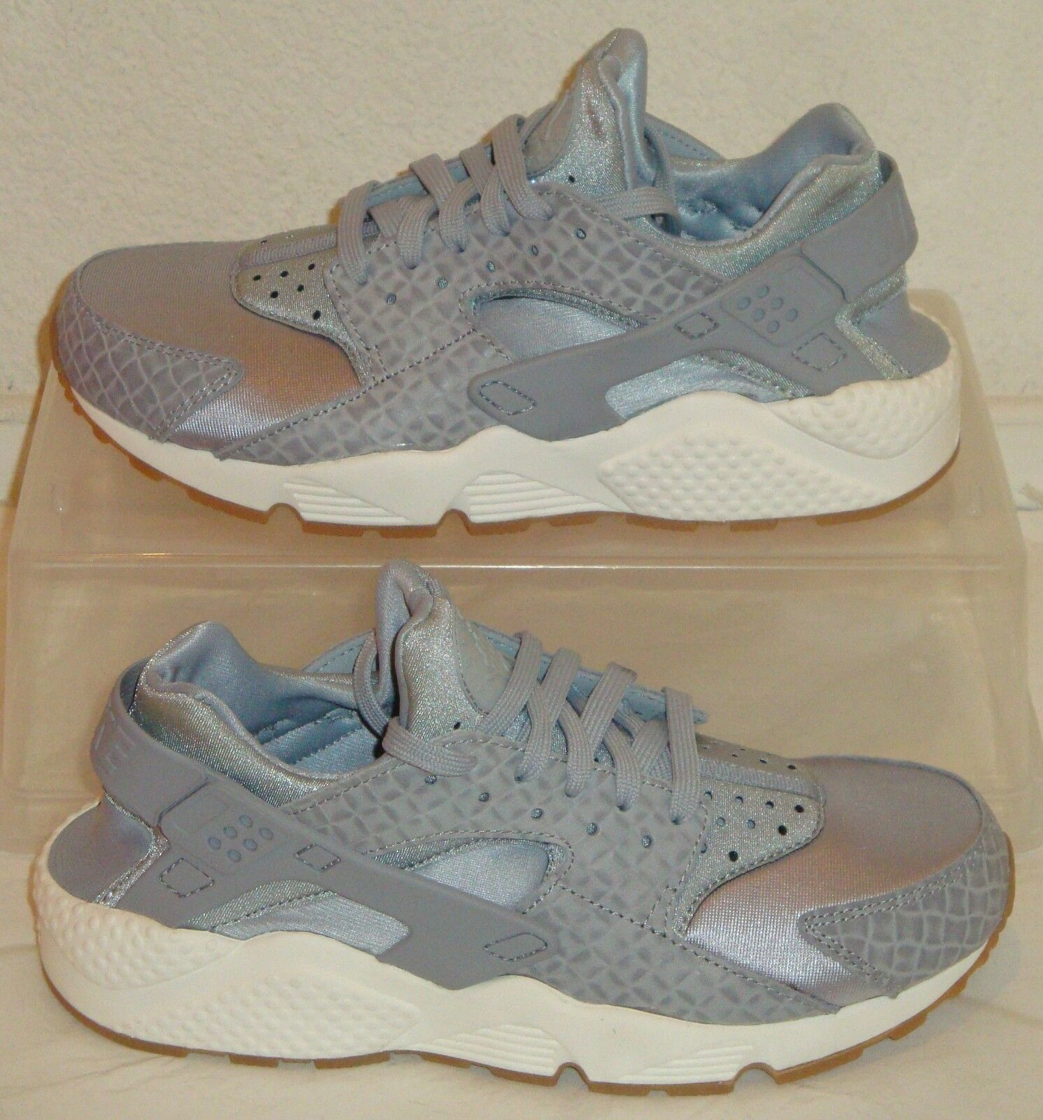 Nike Air Huarache Run Grey Sail Womens US Size 7.5
