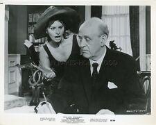 SOPHIA LOREN ALASTAIR SIM THE MILLIONAIRESS 1960 VINTAGE PHOTO ORIGINAL #16