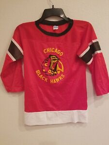 best sneakers 89d42 9fa3a Details about Vintage 80's Youth NHL Chicago Blackhawks Jersey Size Large  By Champion Red
