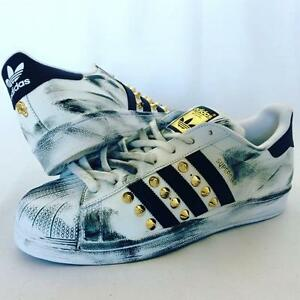 Details zu Schuhe Adidas Superstar mit Nieten Gold und für Feldspritze Schwarz
