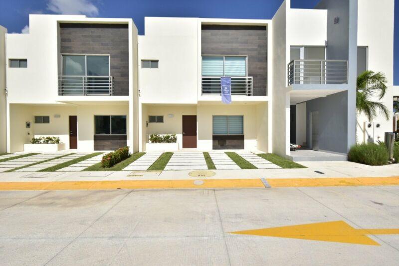 Casa en venta Avenida Huayacan Cancun Kings
