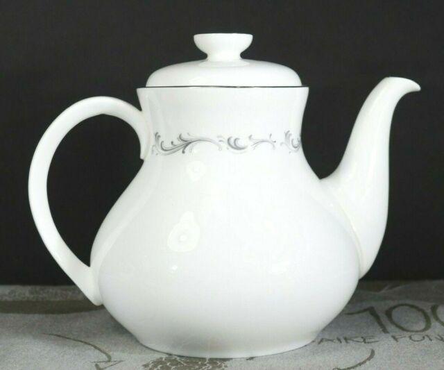 "Royal Doulton CORONET Teapot 5 Cup 5 1/2"" H4947 Fine Bone China England EUC"