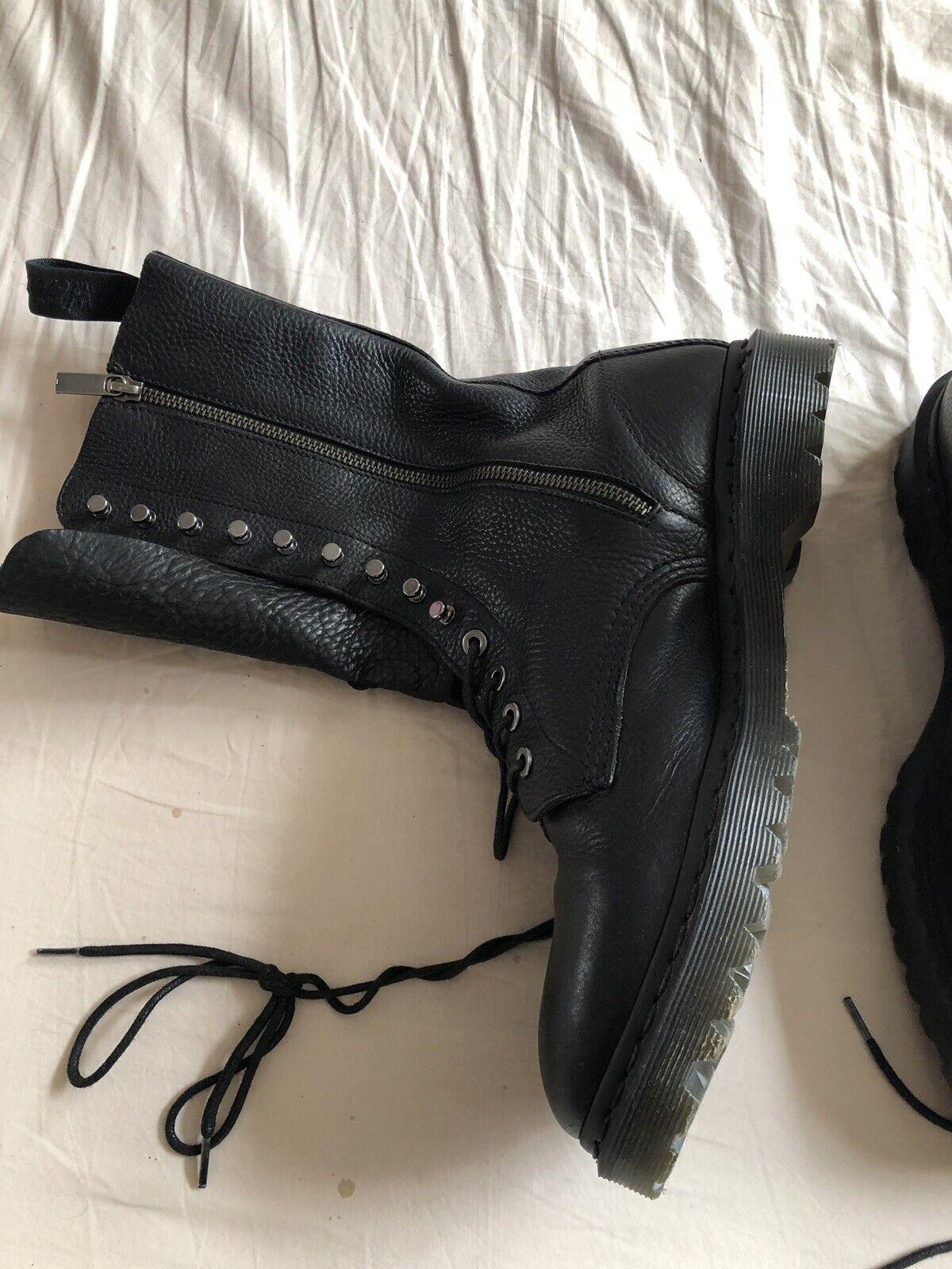 Dr Martens Boots size UK9