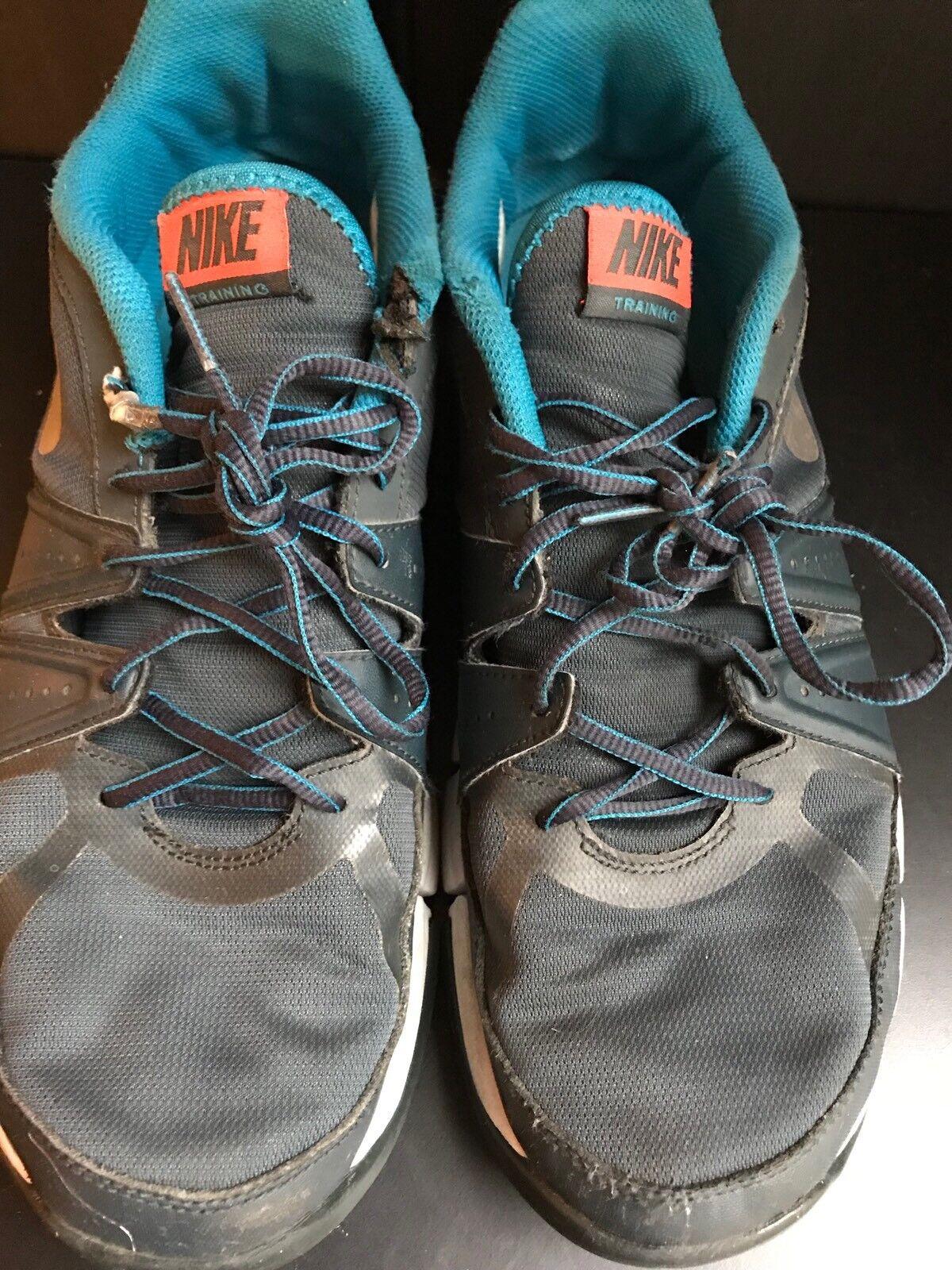 Used Nike Air Trainning men's size 11.5 Running cross training