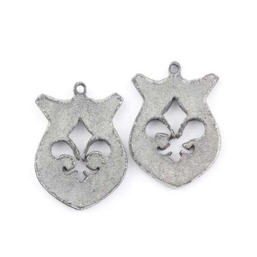Antique Silver Fleurs De Lys Charm Pendants 26x18mm Sold as a Pack of 2 C55//2