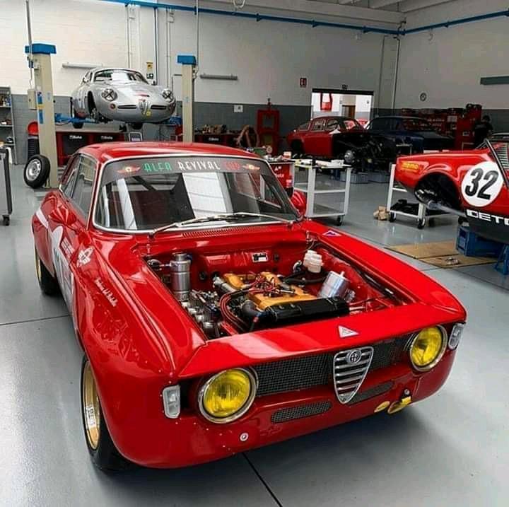 I buy fast performance cars classics Iconic collectors