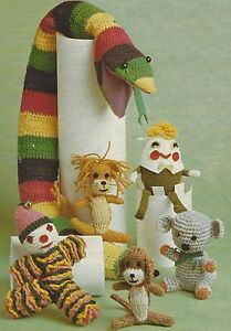 Toys-and-Door-Stop-Snake-Crochet-and-Knitting-Patterns-Lion-Clown-Koala-DK-782