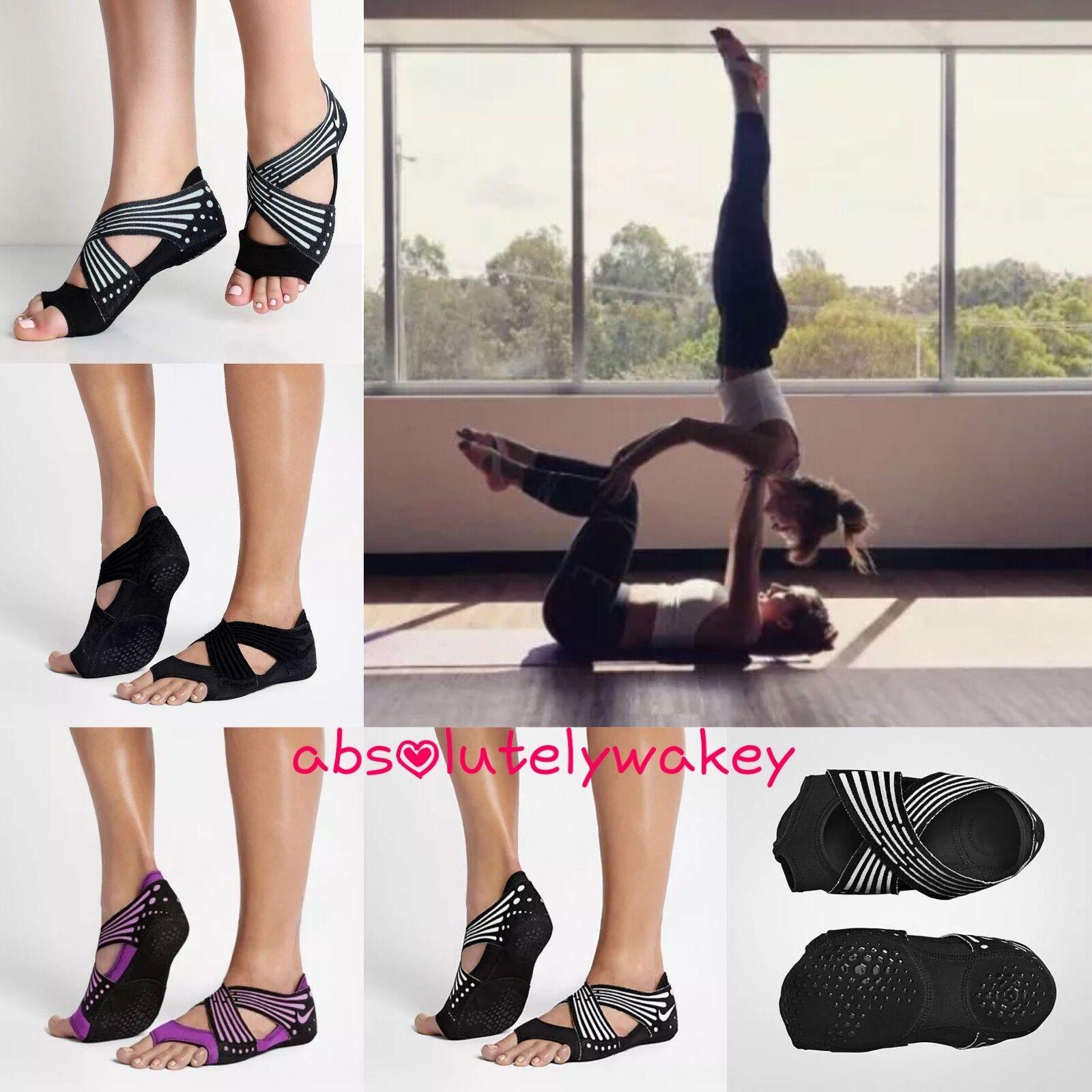 NIKE Women's Studio Wrap 4 Dance Yoga Stripe Barre Pilates Training Barefoot