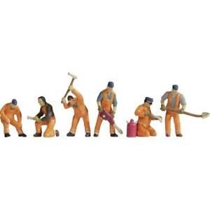 Noch-15276-personaggi-in-scala-h0-personale-di-costruzione-binari